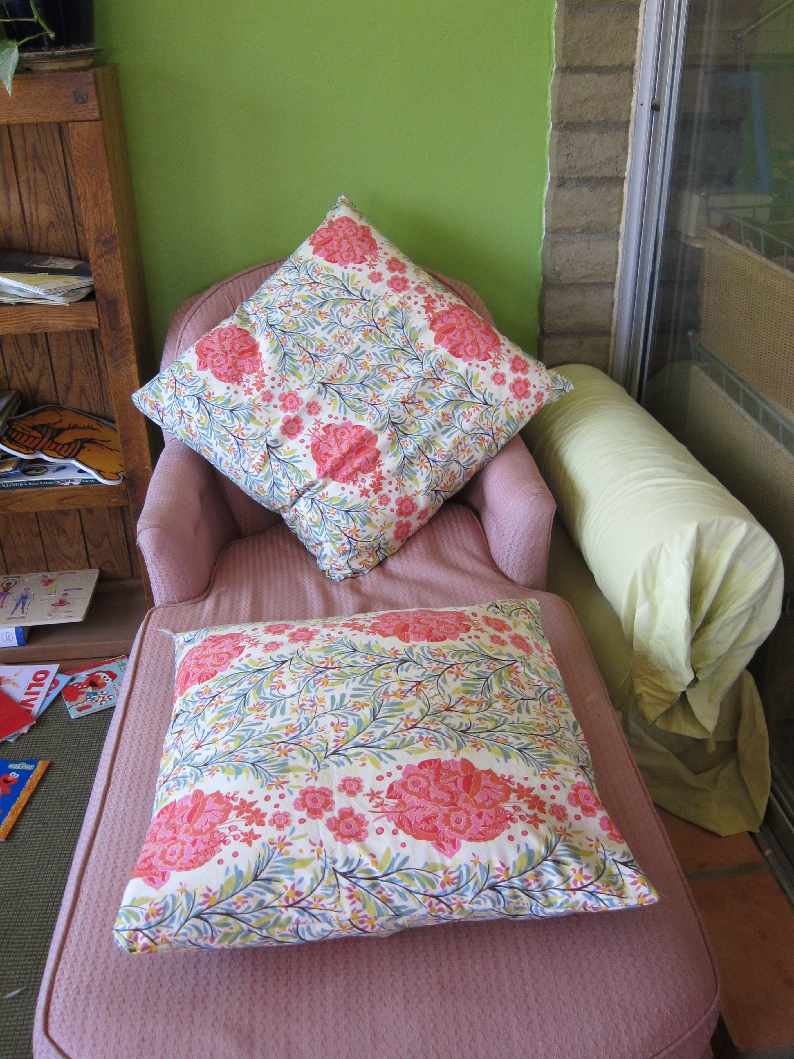 Make Wicker Chair Cushions Pillows