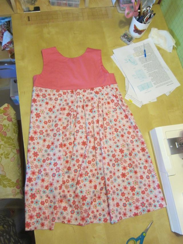 paper fan dress (1)