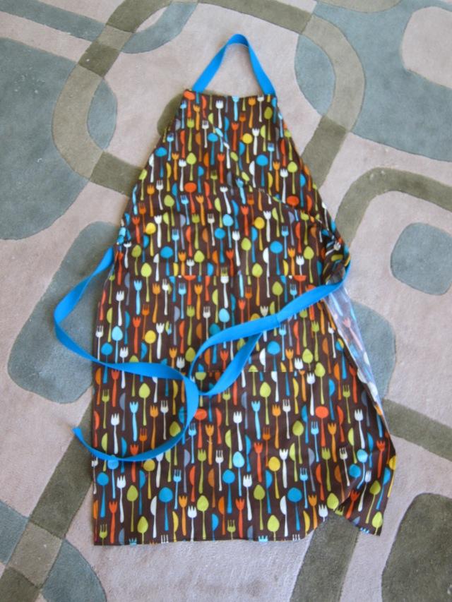 hanks apron (1)